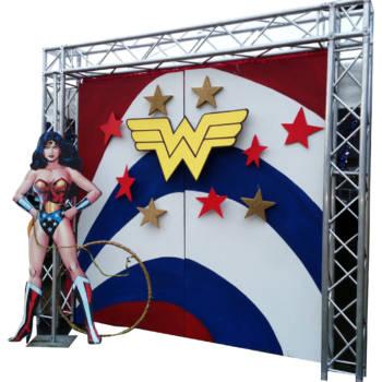Wonder Woman Photo Set